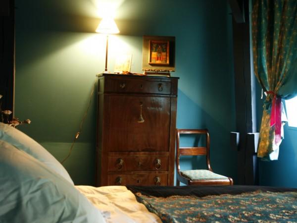 chambre d 39 h tes la maison de stella cadente chambre d 39 h tes provins. Black Bedroom Furniture Sets. Home Design Ideas