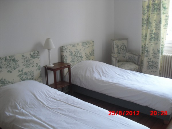chambre d 39 h tes chez madame marchand chambre d 39 h tes angers. Black Bedroom Furniture Sets. Home Design Ideas