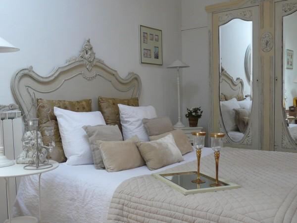 chambre d 39 h tes rue des joyeux chambre d 39 h tes marseille. Black Bedroom Furniture Sets. Home Design Ideas