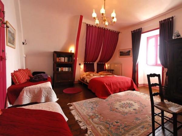 chambre d 39 h tes la villa de jade chambre d 39 h tes le palais belle le en mer. Black Bedroom Furniture Sets. Home Design Ideas