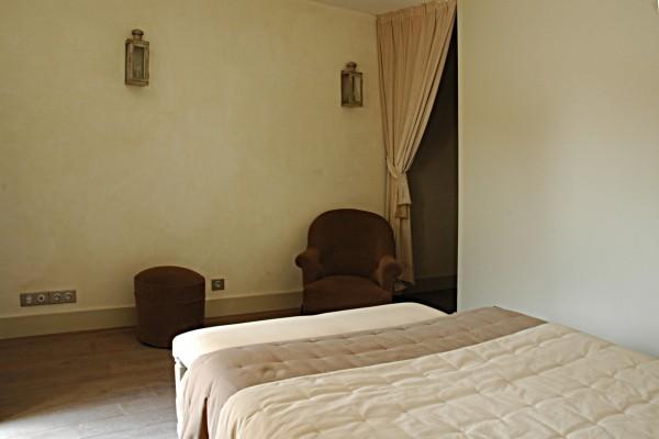 chambre d 39 h tes le clos margot chambre d 39 h tes vertus. Black Bedroom Furniture Sets. Home Design Ideas