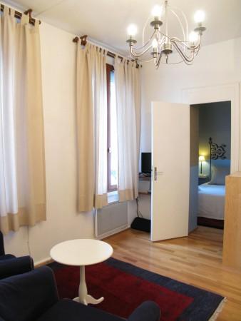 chambre d 39 h tes maison zen chambre d 39 h tes paris. Black Bedroom Furniture Sets. Home Design Ideas