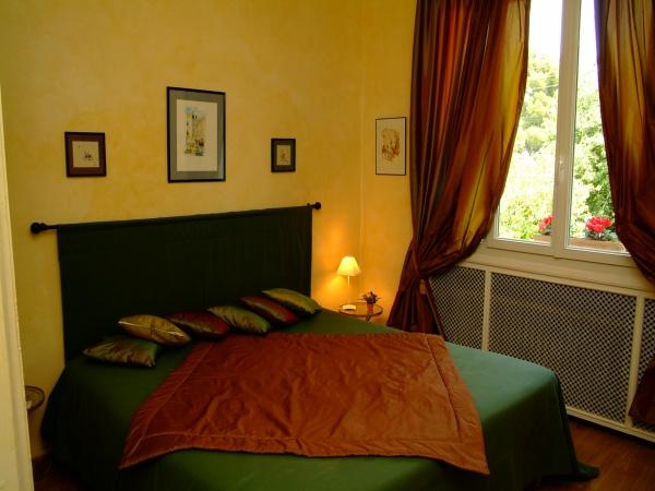 Chambre d 39 h tes villa monticelli chambre d 39 h tes marseille - Chambres d hotes marseille ...