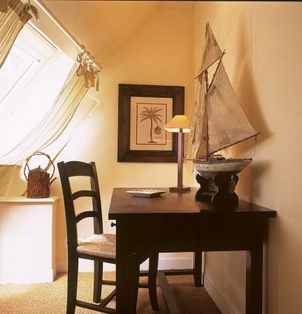 h tel les maisons de l a h tel honfleur. Black Bedroom Furniture Sets. Home Design Ideas
