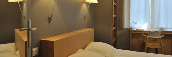 un h tel design m me pas cher d couvrir saint etienne sur. Black Bedroom Furniture Sets. Home Design Ideas